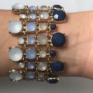 Jewelry - Beautiful clasp bracelet